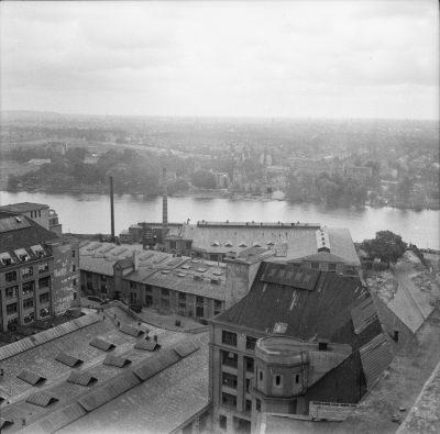Blick vom Turm des Behrensbaus, Bild 1; Foto, 1952