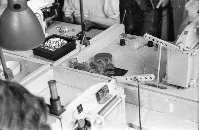 Unordentliche Arbeitsplätze, Bild 1; Foto, 1951