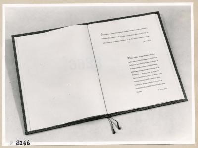 Album Geburtstag Walter Ulbricht, 1. Seite; Foto, 1953