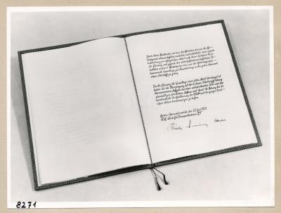 Album Geburtstag Walter Ulbricht, 5. Seite; Foto, 1953