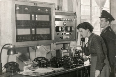 Feuerwehr, aus einer Arbeitsschutz-Ausstellung, Foto 1954