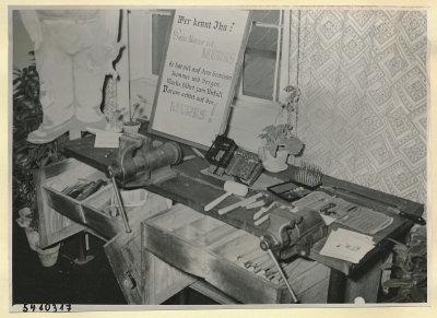 Arbeitsschutzausstellung im HF-Speisesaal 1, Foto 1954