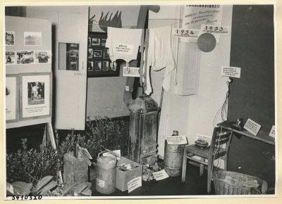 Arbeitsschutzausstellung im HF-Speisesaal 4, Foto 1954
