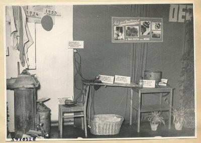 Arbeitsschutzausstellung im HF-Speisesaal 10, Foto 1954