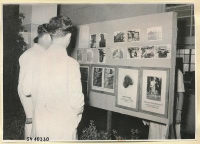 Arbeitsschutzausstellung im HF-Speisesaal 12, Foto 1954
