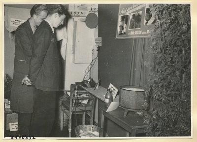 Arbeitsschutzausstellung im HF-Speisesaal 14, Foto 1954
