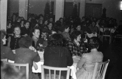 Frauenkonferenz, Bild 2; Foto, 1954