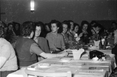 Frauenkonferenz, Bild 6; Foto, 1954