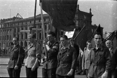 Fotostrecke 1. Mai, Bild 9, Foto 1955