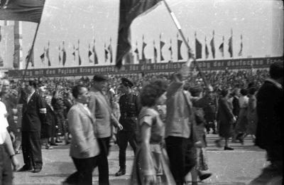 Fotostrecke 1. Mai, Bild 12, Foto 1955