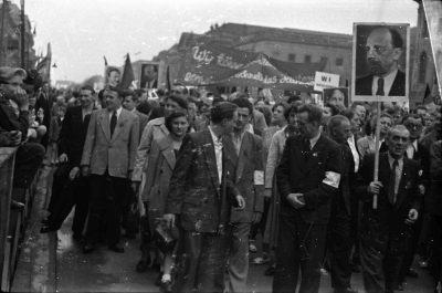 Fotostrecke 1. Mai, Bild 8, Foto 1955