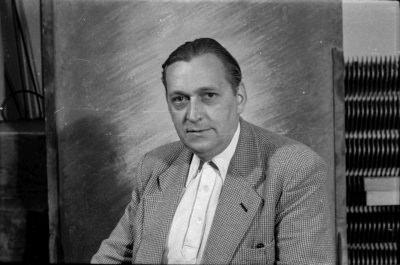 Passfoto von Otto Stock im Jackett, Foto 1955