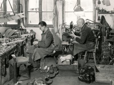 Schusterwerkstatt, Foto 1957