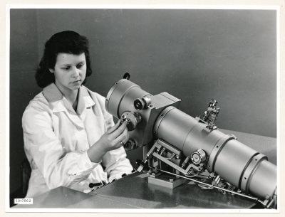Klein-Elektronenmikroskop KEM1, Bild 15, Foto 1959