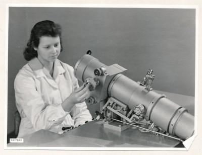 Klein-Elektronenmikroskop KEM1, Bild 16, Foto 1959