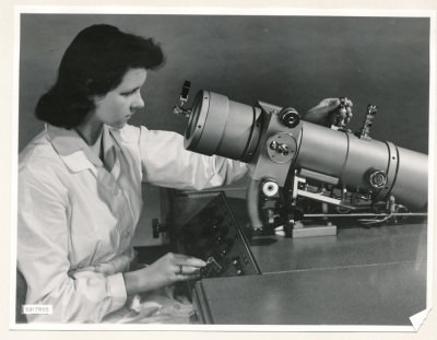 Klein-Elektronenmikroskop KEM1, Bild 18, Foto 1959