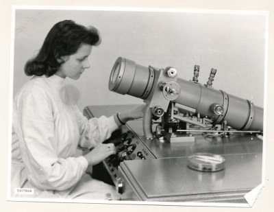 Klein-Elektronenmikroskop KEM1, Bild 22, Foto 1959