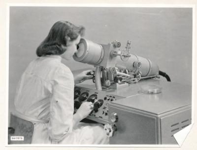 Klein-Elektronenmikroskop KEM1, Bild 26, Foto 1959