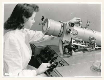 Klein-Elektronenmikroskop KEM1, Bild 27, Foto 1959
