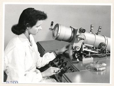 Klein-Elektronenmikroskop KEM1, Bild 33, Foto 1959