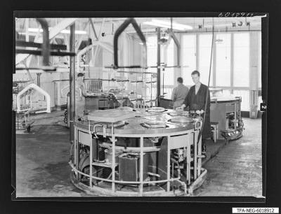 Bildröhrenwerk, Kolbenwaschanlage, Foto 1960