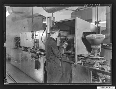 Schwärzung der Bildröhren, Bild 1, Foto 1960