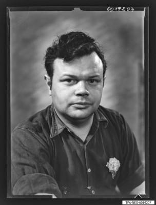 Findbucheintrag: Portrait Siegfried Brunn, Foto 1960