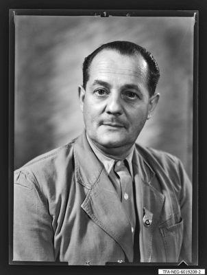Porträtfoto eines Mitglieds der Brigade Hartmetall (Werkzeugbau), Foto 1960