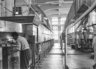 Neubau Bildröhrenwerk Pumpautomat, Foto 1960