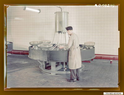 Engl. Heiz- und Konusspülmaschine, Foto 1960