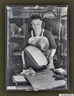 Kadow am Arbeitsplatz, Foto 1960