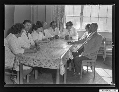 Arbeitsgemeinschaft/Brigade Behrend (1. Mai), 8 Personen, Foto 1961