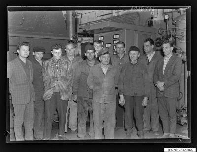 Brigade Frieden, 11 Männer; Foto 1961