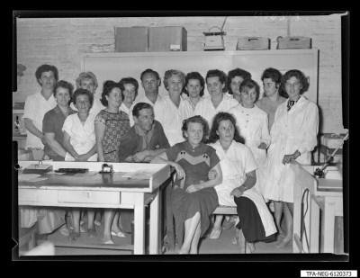 Brigade Röben, 16 Frauen und 2 Männer, Foto 1961