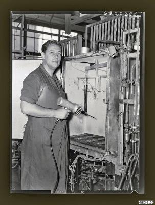 Kollege H. Stichling am Arbeitsplatz, Foto 1961