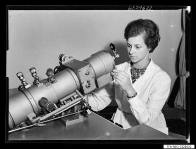 Elektronenmikroskop KEM 1-1, Bild 2; Foto 1962