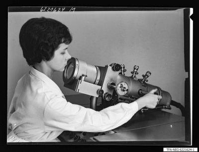 Elektronenmikroskop KEM 1-1, Bild 2; Foto 1964