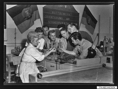 Senderöhre-Aufbau Brigade, Foto 1964