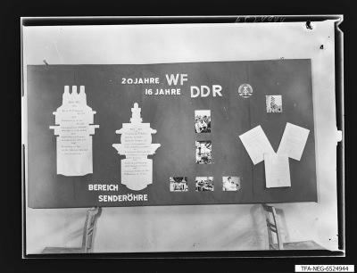20 Jahre WF Schaukasten Senderöhre, Foto 1965
