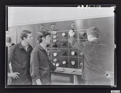 MMM-Elektro-Lehrwerkstatt, Szene 1, Foto 1967