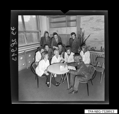 Gruppenbild des Jugendkollektivs DS, Bild 2, Foto 1973