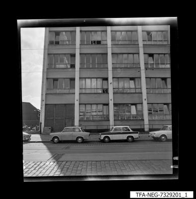 Hausansicht WF-Gebäude, Bild 1, Foto 1973