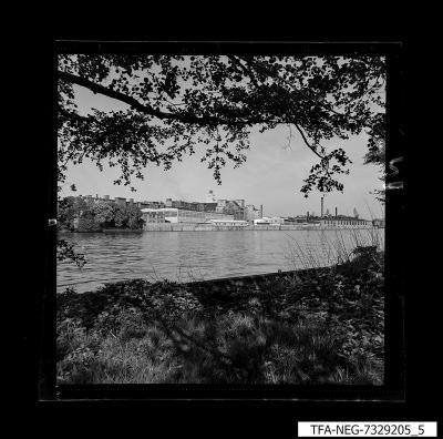Wasseransicht des WF-Geländes, Bild 2, Foto 1973
