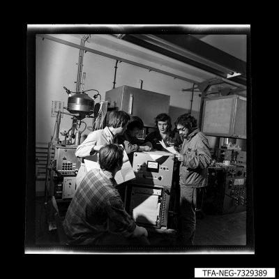 Aufbau Messwagen, Foto 1973